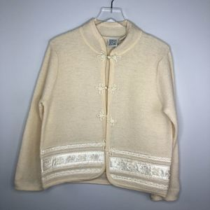 Marshall Fields Wool Sweater Asian Detail Petite M